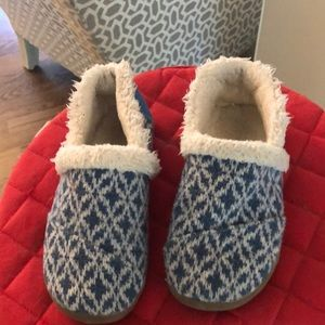 Toms house shoes - good used condition